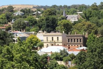 Visit-Clunes-Views-from-lookout