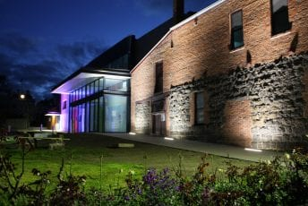 Warehouse-Clunes-Visitor-Information-Centre-Library-nighttime