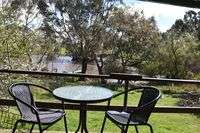 Tinakori-Animal-Farm-Accommodation-Clunes-Victoria_11.jpg